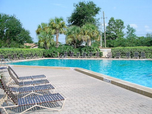 Residents pool and loungers Indian Wells Kissimmee